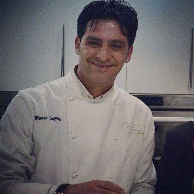 Chef Mauro Improta -  #chefmauroimprota protagonista alla #toffiniacademycorsidicucina #Napoli #toffiniacademy #corsidicucina #scuoladicucina #lovecooking #showcooking #yummy #MauroImprota #instafood #erbearomatiche #course #napolifoodporn