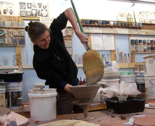 Catherine White Workshop - Broom and Slip - glaze tiles !