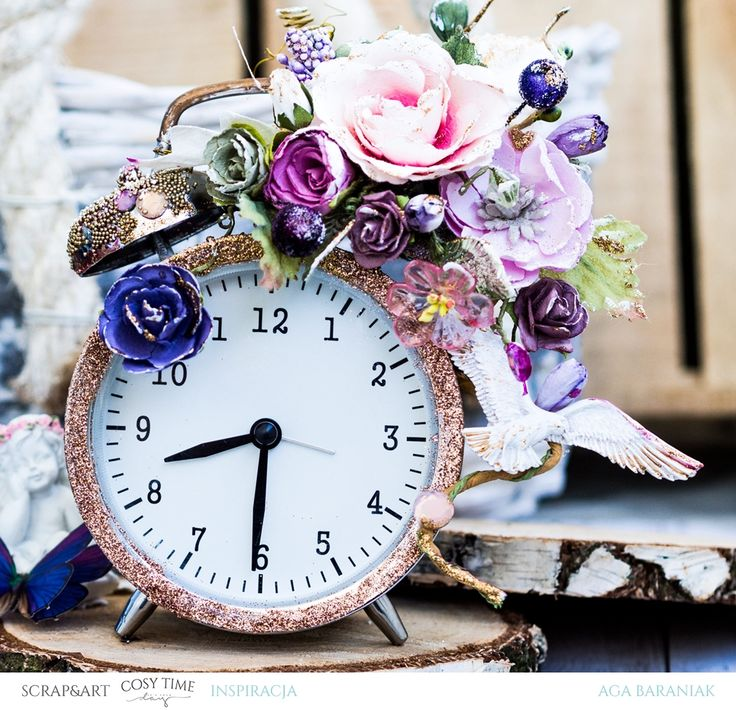 mixedmedia clock with Prima Marketing flowers