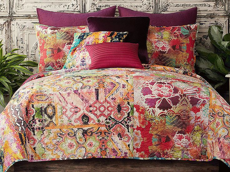 How To: Turn Your Bedroom Into A Wanderlust Wonderland