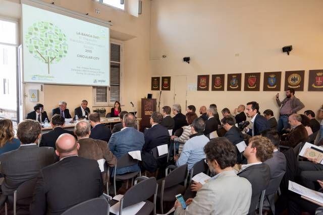 Rapporto Anci-Conai, Basilicata lontana  dall'obiettivo Ue del 50% di riciclo dei rifiuti