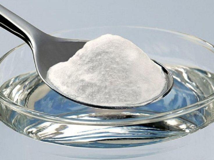 стакан  воды с солью и уксусом в доме. Любопытно