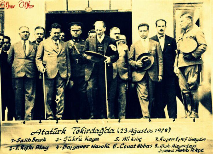 Ulu Önder Tekirdağ'da... (Yanılmıyorsam, 6 Cevat Abbas değil)