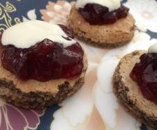 Recipe Gluten free hazelnut and vanilla macaron mini cakes by goaheadmakemylunch - Recipe of category Baking - sweet