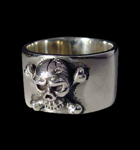 Radical Rings - Sterling Silver Men's old 'Pirate' Skull Ring R-103S