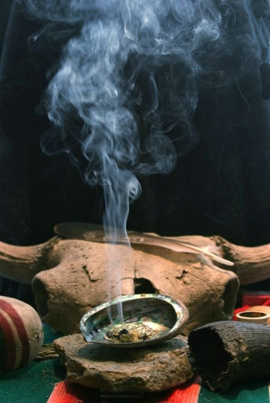 What you need to know about Smudging Ceremony in Native American Culture http://bit.ly/1DaGO4t
