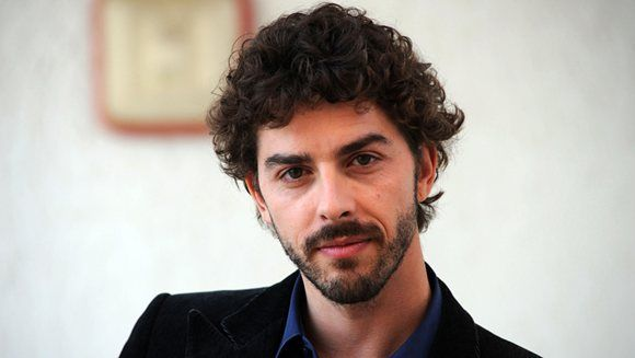 The weekend is here again and that means BBC4 9pm brings Michele Riondino as the Young Montalbano...