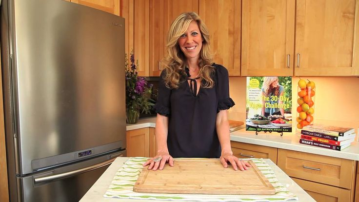 Using the Proper Cutting Board | Colleen Patrick-Goudreau