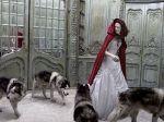 LA VERDEDARA HISTORIA DE LA CAPERUCITA ROJA. La versión más conocida de La Caperucita Roja hoy en día, es la que incluye un leñador quien logra rescatar del vientre del lobo a Caperucita y a su abuelita; esta version es de los Hermanos Grimm... - Anti1997