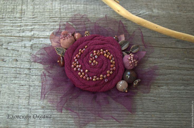"""Купить Брошь """"Лесные ягоды"""". - бордовый, лиловый, фиолетовый, брошь цветок, текстильная брошь"""