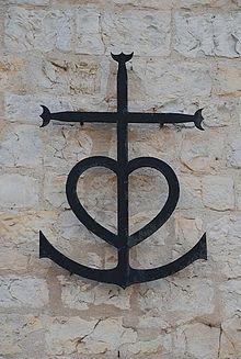 Croix camarguaise — Wikipédia