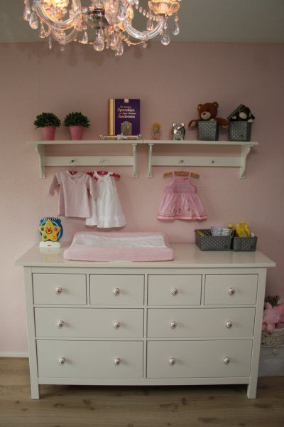 34 best images about babykamer idee on pinterest pastel armoires and baby girl rooms - Idee babykamer ...