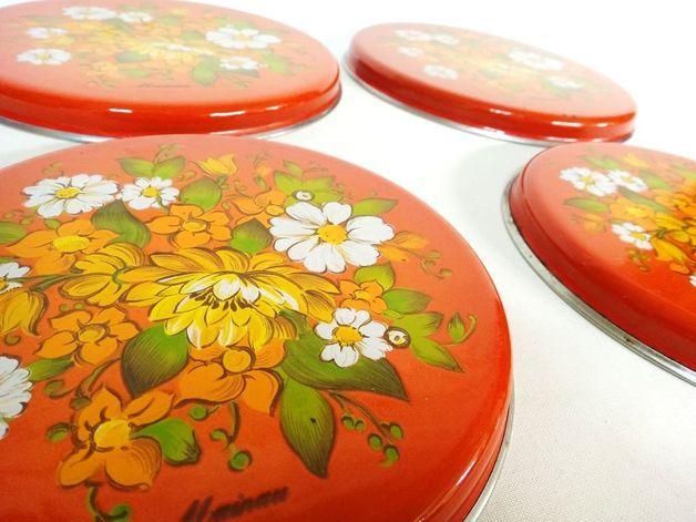Pimp' Deinen Elektroherd... Emaillierte Herdabdeckplatten aus den 70er Jahren in knalligen Farben. Die Abdeckungen haben alterstypische Gebrauchsspuren, ein paar Macken (s. Foto).  Sind aber...