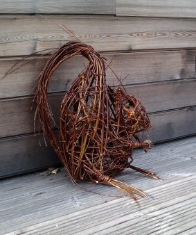 Willow Sculpture - Squirrel by the redstone Centre