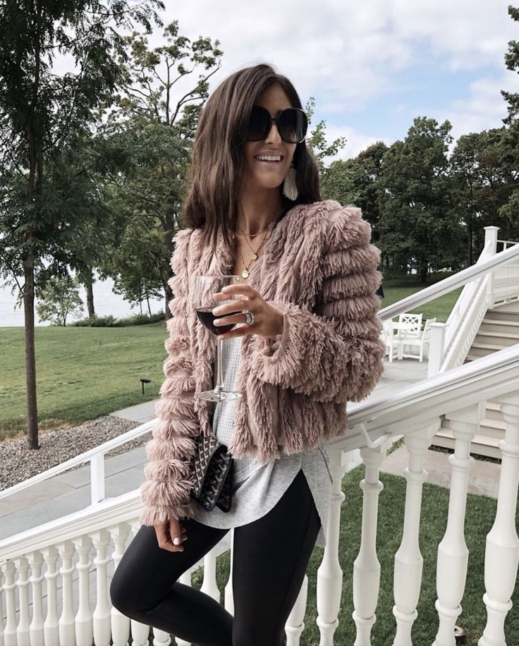 Casual coats for women include many diff…