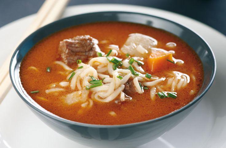Sopa de Carne com Noodles
