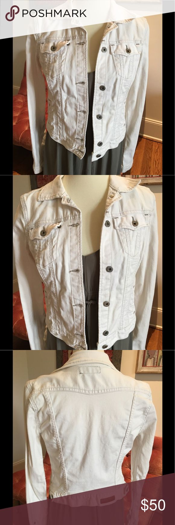 Polo Jean Jacket Polo Jean Jacket, great fit, comfortable cotton, side pockets Polo by Ralph Lauren Jackets & Coats Jean Jackets
