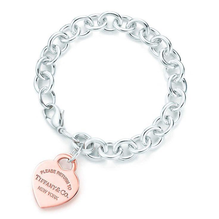 Return to Tiffany®: brazalete con placa estilo corazón