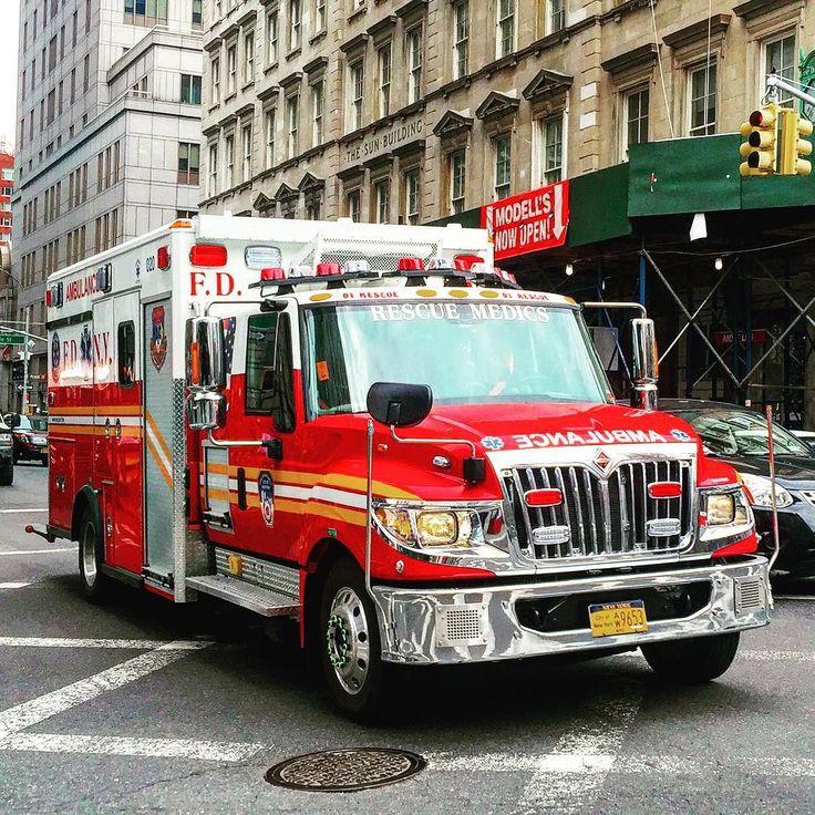 The 25+ Best Ambulance Ideas On Pinterest   Emt Classes ...