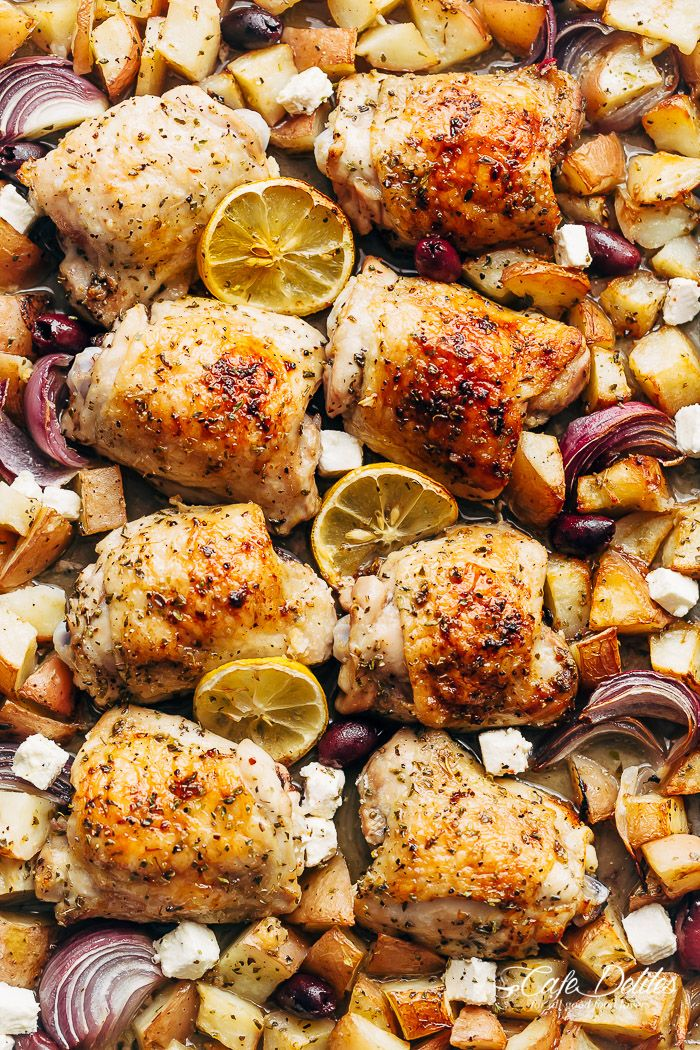 Weeknight dinner made simple with Greek baked chicken and potatoes. So many flavours happening in one pan and dinner is ready in less than 45 minutes!