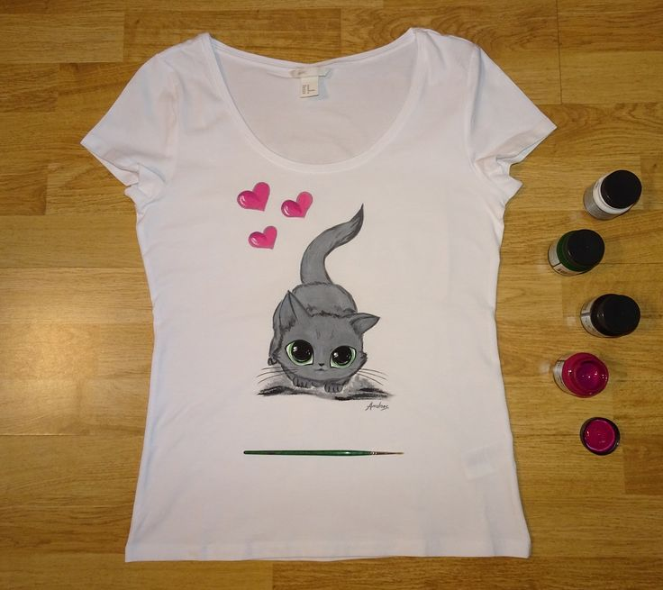 Tricou - Big Eyes Kitty (pictat manual)   https://www.facebook.com/colormechicart
