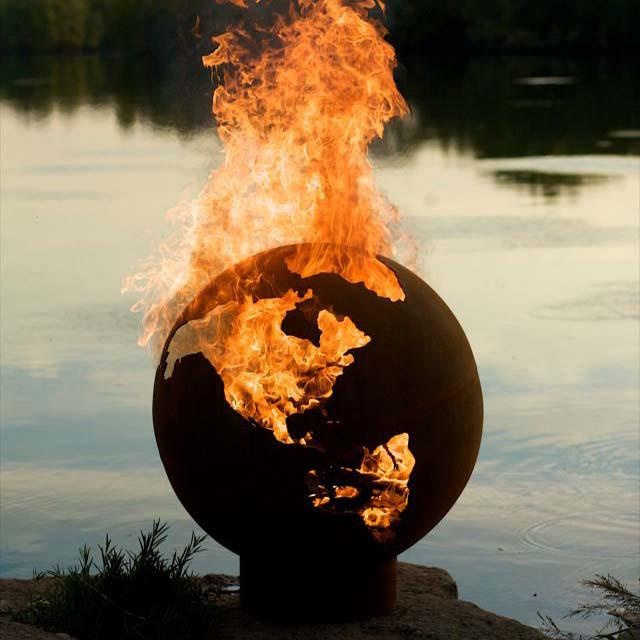 rad outdoor fire pitFire Pits, Globes, Fireplaces, Rocks Fire Pit, Outdoor Fire Pit, Third Rocks, Firepit, Planets Earth, Backyards