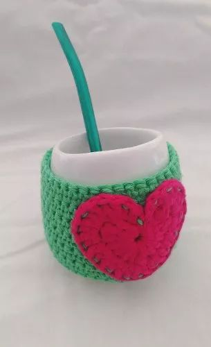 Mate De Cerámica Con Funda Corazón A Crochet - $ 160,00