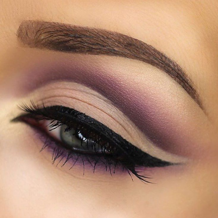 """You Are The Fairest Of Them All — """"This cut crease is to die for ..."""