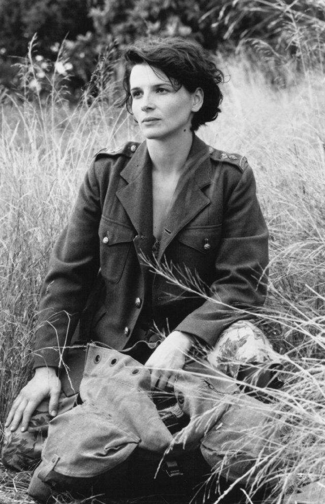 Juliette Binoche in a The English Patient... Truly a wonderful film and deserved of her Oscar!