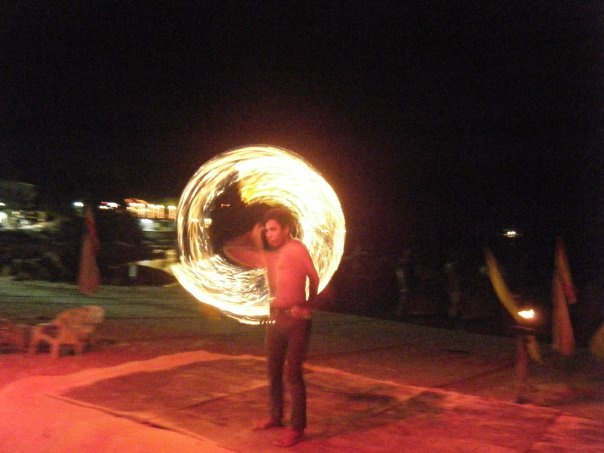 fireshow on Pipi island, thailand.    tone lepsoes pictures
