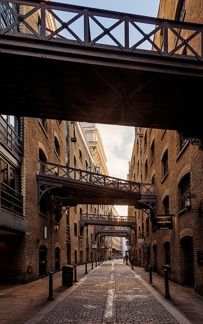 Shad Thames Crossing | Flickr - Photo Sharing!