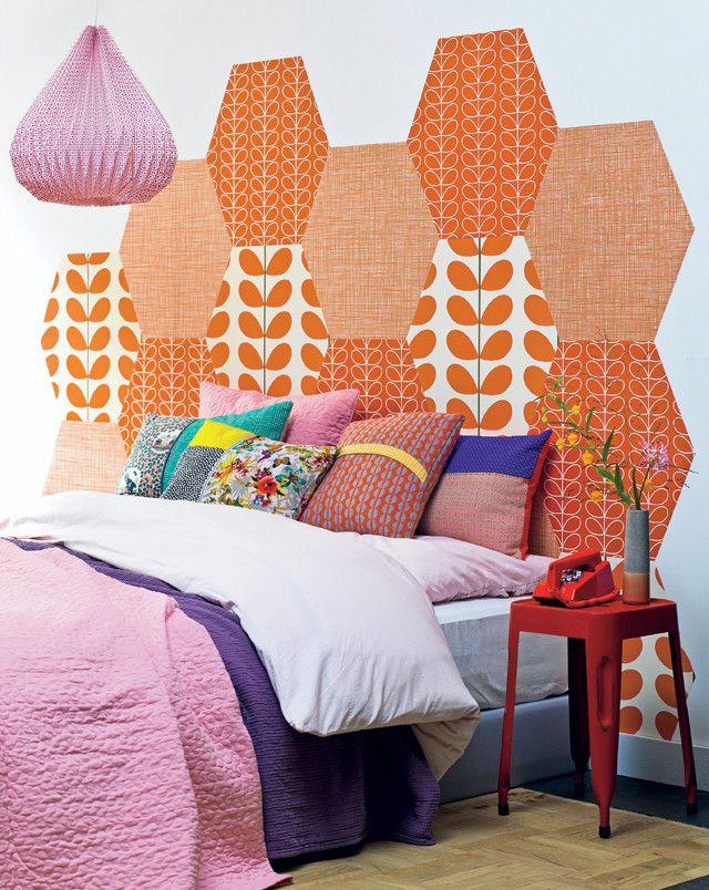 DIY: headboard made of wallpaper scraps on hexagonal pieces