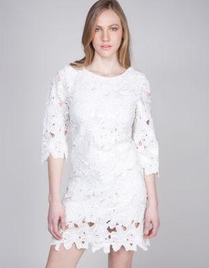 Φόρεμα mini με δαντέλα crochet