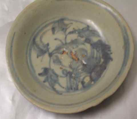 Antique dishes - visible age characteristics on antique plates and dishes & 329 best DISHES/VINTAGE images on Pinterest   Dish sets Antique ...