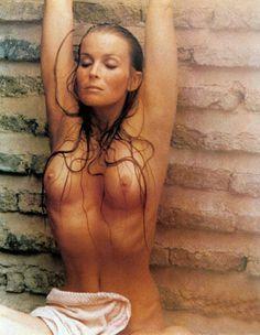 Beverly dangelo nackt Bilder