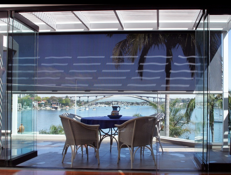 Enjoy your meals al fresco style and don't invite the heat, wind and insects to join you.  Issey Vertiroll external blinds are ideal for patios, courtyards and balconies.