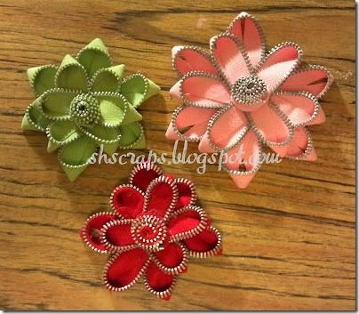 tons of hairbow tutorials and a zipper flower tutorial also
