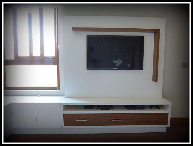 Panel TV, con cajones alargados y cajones al costado izquierdo con apertura superior