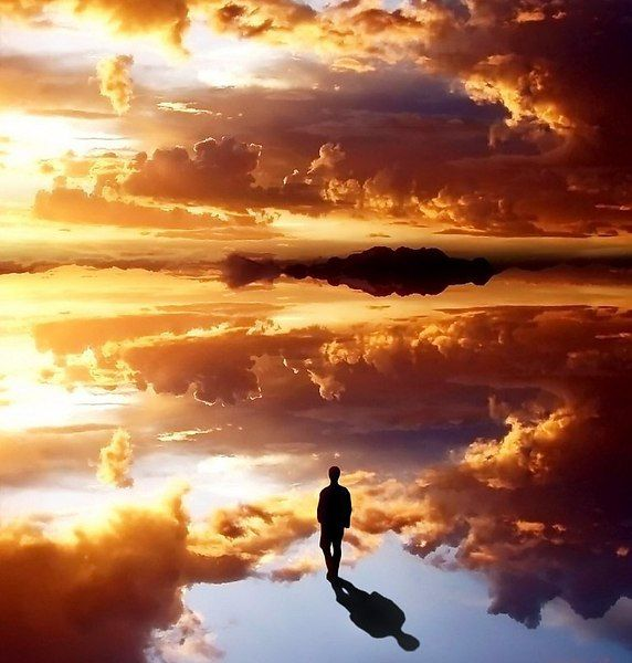 Тот, кто может быть счастливым в одиночестве, является настоящей личностью. Если твое счастье зависит от других, то ты раб, ты не свободен, ты в кабале.    © Ошо