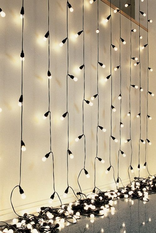 Bulbs on a string, to light up the winter #lights #annaninanl