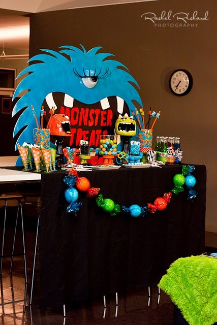 """""""Tricked Out Treats (for little monsters)"""" Halloween kids party  Decor by Setting The Mood  (www.settingthemood.biz)  Photography by Rachel Richard Photography (www.rachelrichard.com"""