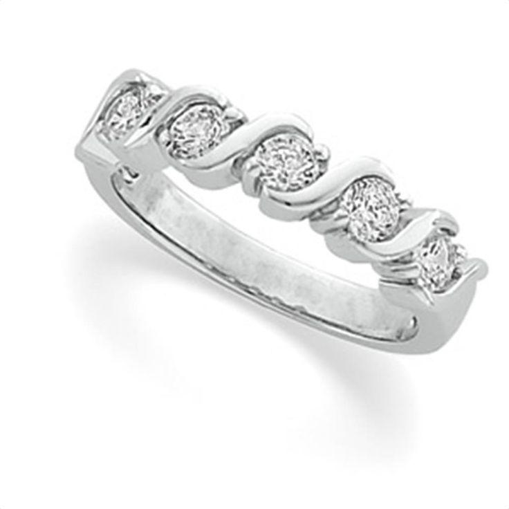 1/2 ct tw Diamond Anniversary Band | Matthew Erickson Jewelers