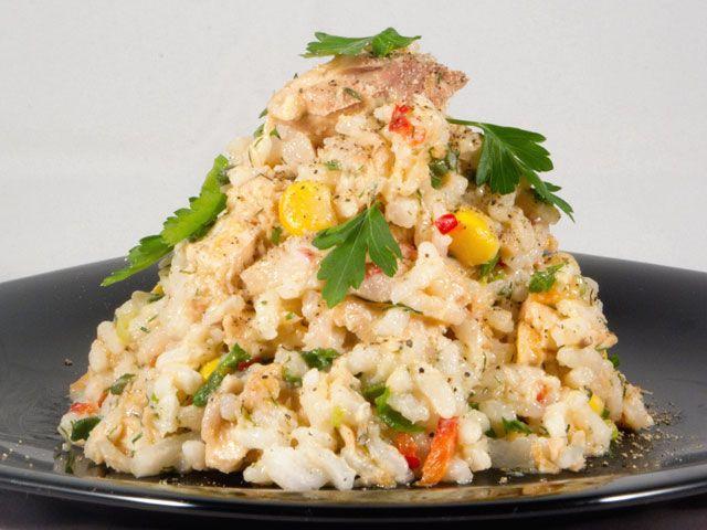 Salată de orez cu pește