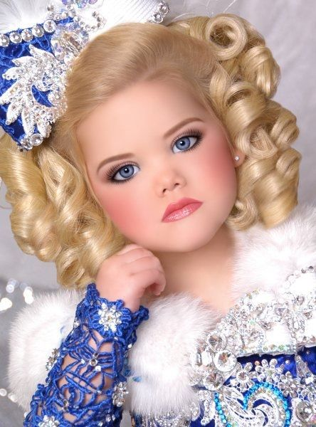 Todlers and tiaras | 29 Creepy Toddlers in Tiaras: Little Miss Ice Queen photo Amy Scarlata ...