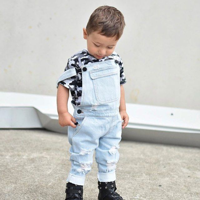 WEBSTA @felixandleopold Camo fever especially when it's this cute @lil.man.ant
