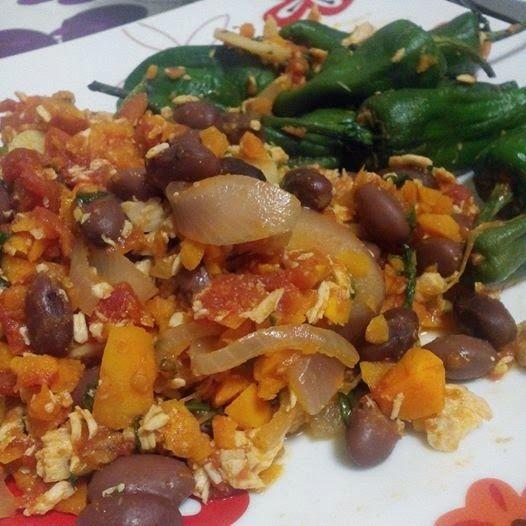 Saudável como um pêro... sem desespero!: Chili de peru com pimentos padron