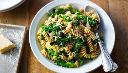 Pasta with purple sprouting broccoli, anchovy and chilli.