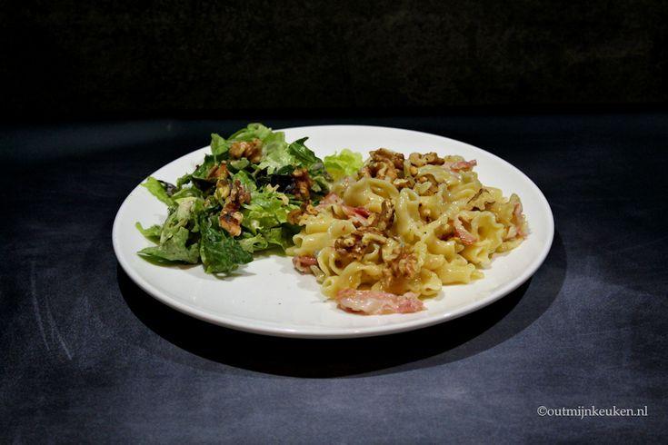 Recept   Pasta met gorgonzola, peer en walnoten - gigli gecombineerd met een klassieke en beproefde smaakcombinatie