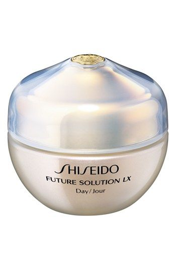 Your go-to, multi-functional daytime face cream.  Reduce the appearance of wrinkles, pores and dullness while revealing skin that looks resilient, moisturized and radiant with Shiseido's Future Solutions LX Total Protective Cream, SPF 18.