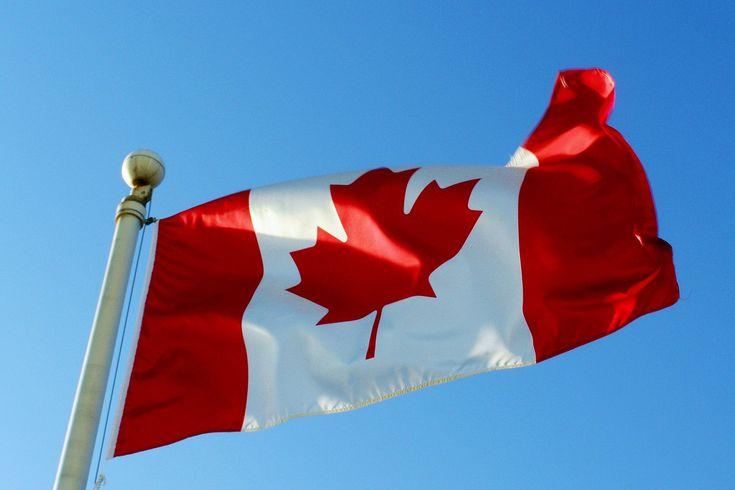 Canada-Flag-Wallpapers-HD-9.jpg (1600×1067)